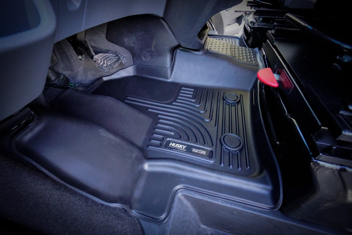 Husky-Floor-Mats-Liners-Ford-Transit-4-of-4